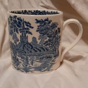 Wedgwood Queen's Ware Holy Trinity Miug Cup
